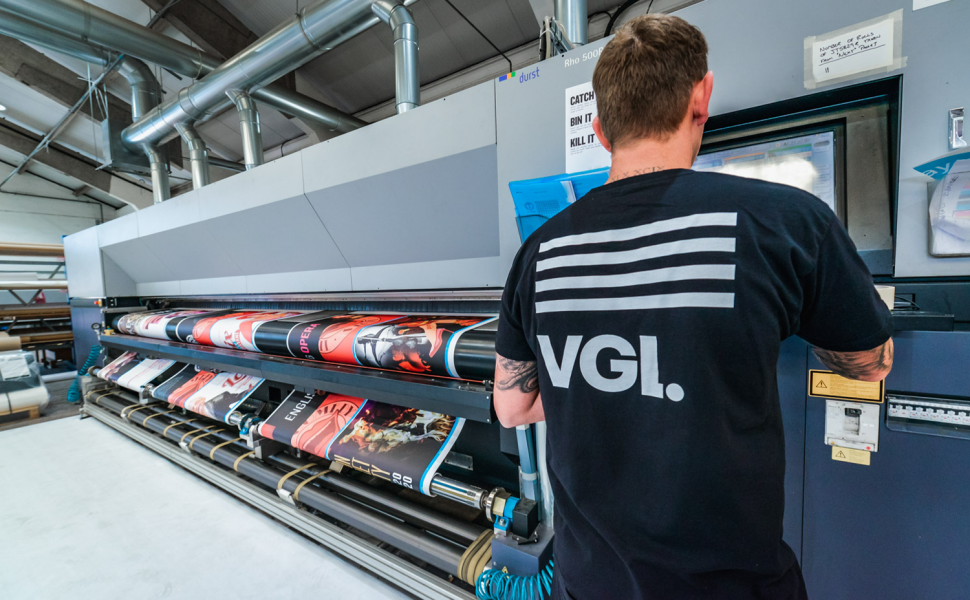 VGL worker creates printed graphics